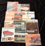 """Catalogues Plymouth de 1949 à 1980""   Fort lot de catalogues principalement en Anglais...."