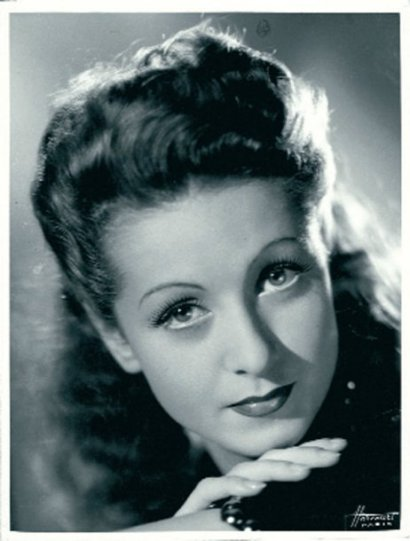 danielle darrieux image 50. Black Bedroom Furniture Sets. Home Design Ideas