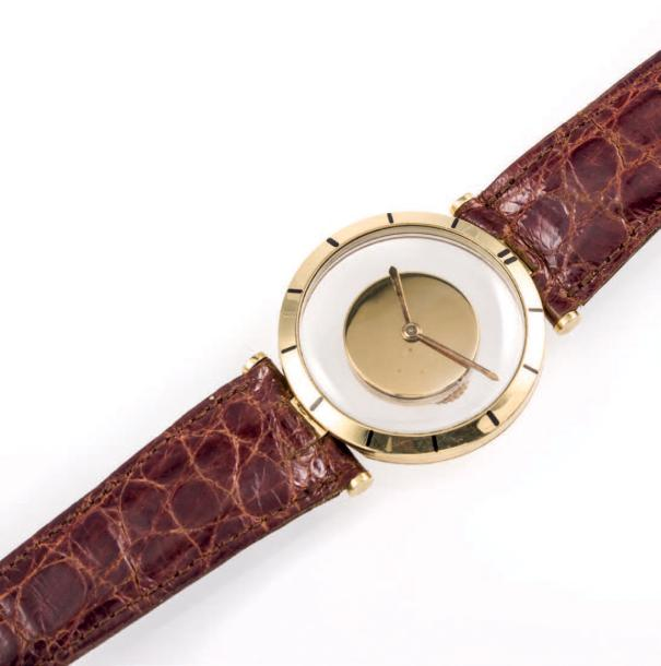 LECOULTRE MYSTERY No 584718 made in 1950`s 18k yellow gold mystery wristwatch manual…